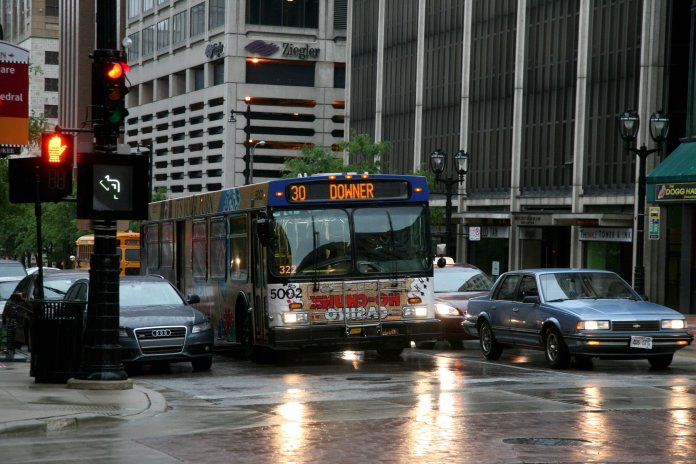 Milwaukee downtown bus