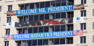 WELCOME MR. PRESIDENT / WELCOME MADAM VICE PRESIDENT Willco Banners at 1275 Pennsylvania Avenue, NW, Washington DC on 14 January 2021 by by Elvert Barnes Photography CC BY-SA 2.0